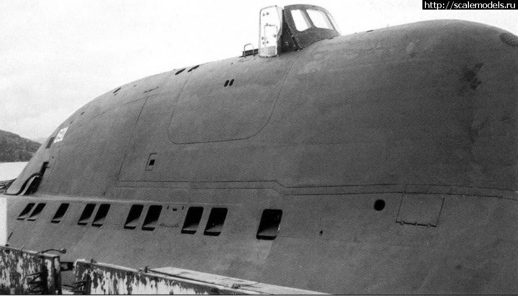прорезание шпигатов на модели подводной лодки