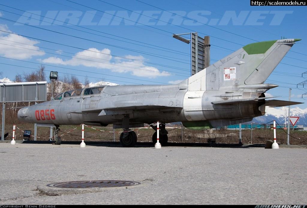 #722148/ Отличия МиГ-21УМ и МиГ-21УС Закрыть окно