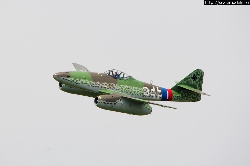 #905721/ Walkaround Messerschmitt Me-262A/B-1C...(#6548) - обсуждение Закрыть окно